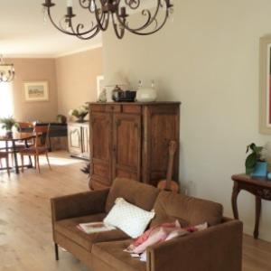 Françoise Lacombe-Bonnet, argile, terre, salon, salle à manger, pièce à vivre, rénovation, couleur naturelle, neutre, enduit